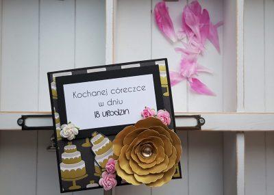 Elegancki box urodzinowy