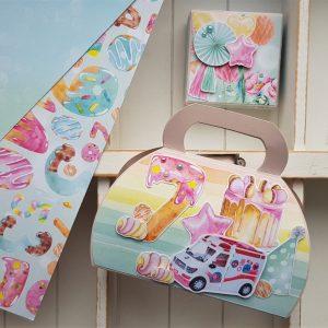 Zestaw urodzinowy - torebka na cukierki i pudełeczko