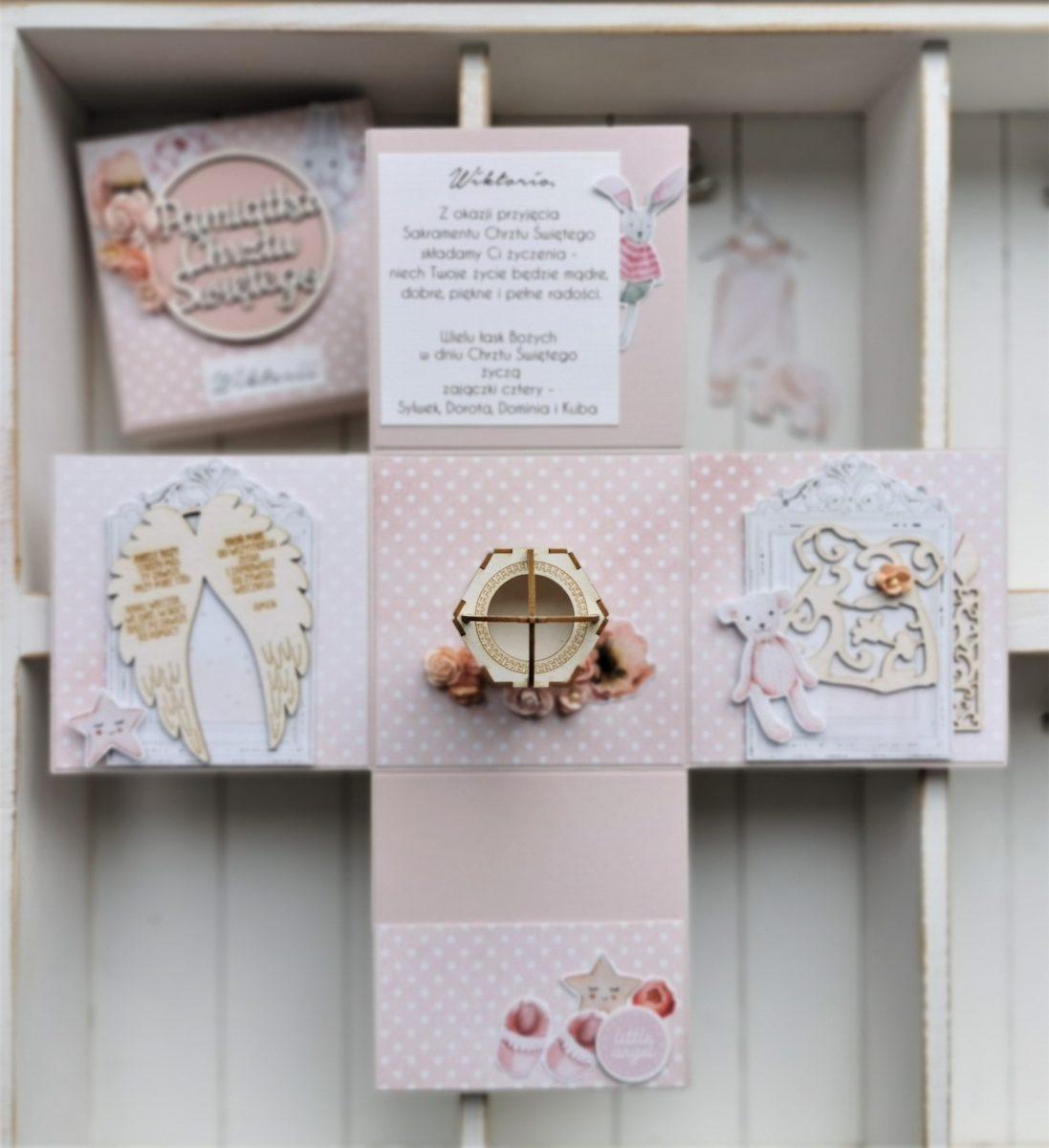 602. Różowy box z okazji Chrztu Świętego Wiktorii