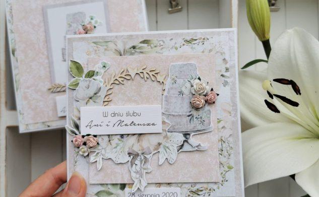 617. Ślubna kartka w pudełku