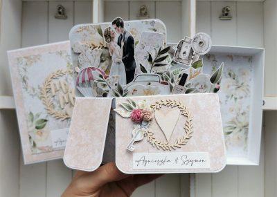 Ślubna kartka typu pop up