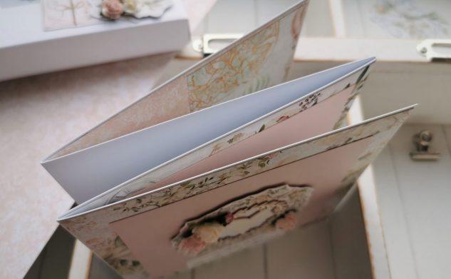 619. Ślubna kartka-harmonijka