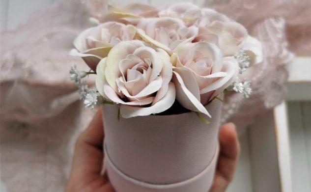 718. Flower box dla świadkowej